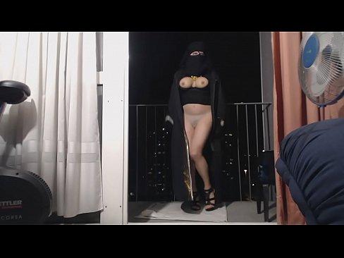 منقبة سمينة وجميلة ترقص وتفحح-بورن سكس منقبات