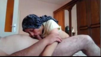 زوجه قحبه مش عايزه جوزها ينام قبل ماينكها-بورن سكس عربي