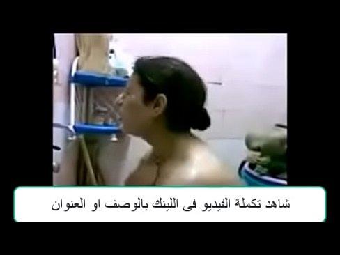 شرموطة عمانية تملك جسد يجنن تتناك وتمص الزب -بورن سكس عماني
