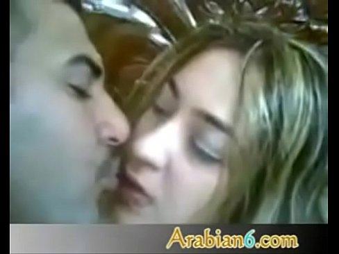 مربربة تتناك من صديقها الهايج وتقول كلام روعة-بورن سكس قطري