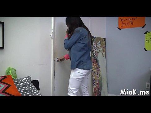 مايا خليفة وصديقها يمارسان هواية مص ولعق الزب-بورن سكس كاميرة مخفية