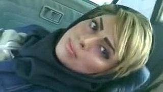 فرسه جسمها شديد وجعانه نياكه تكيف وتدلع حبيبها ويصورها-بورن سكس عربي