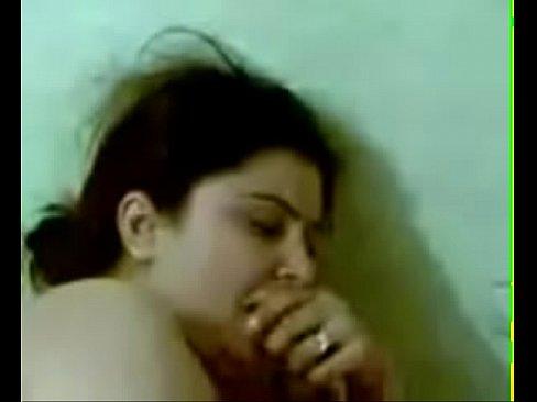 شرموطة عراقية مربربة تتناك من صديقها الحميم !!! ناررر-بورن سكس عراقي