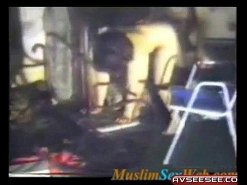 سعودية تتناك من حبيبها في قبو المدرسة-بورن سكس سعودي