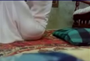 اميره تمص الزبر وتدلع عشيقها وتتناك اوى-بورن سكس عربي