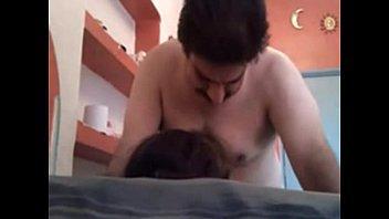 نيك على الكنبه بعد تسخين للكوس جسم خرافه بالنيك-بورن سكس عربي