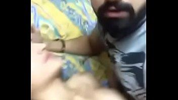 فتاه جميله موزه شرموطه بتلعب فى بزازها وتكيف نفسها بالدعك والنيك روعه-بورن سكس عربي