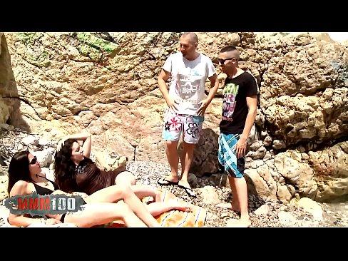 ميليسا وصديقتها يمارسان الجنس مع خطيبها وصديقه في الشاطئ-بورن سكس ميلف