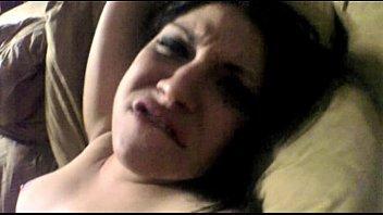 مسكها على الكنبه زنق طيزها وعطها زبر لحد ماجابهم فيها-بورن سكس عربي