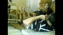 مصري عنتيل ينيك بنوتة صغيره في كسها بورن سكس مصري-بورن سكس مصري
