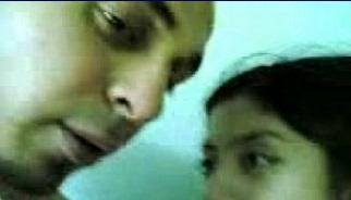 شاب ماشى ويا مرات خاله ينكها ومخبي كاميرا يسجلها وتتفضخ-بورن سكس عربي