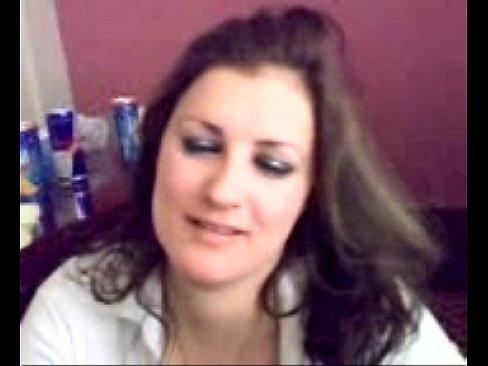 قحبة عراقية تمص الزب وتتناك من صديقها !! وترقص-بورن سكس عراقي