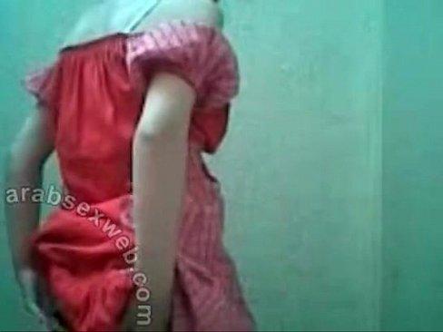 هندية جميلة تتعرى بجسدها يجنن-بورن سكس هندي