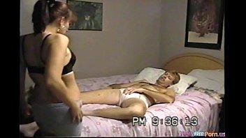 الموزه بتفنس وتناك من الخلف جسمها ممتع وثير جدا-بورن سكس عربي