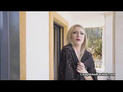 روسية جميلة تمص وتتناك بروعة !!! أحلى الفتيات-بورن سكس روسي