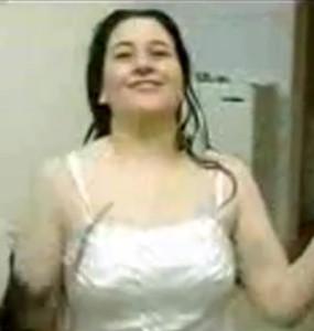 على ماسك الشرموطه فاتح رجولها وفاشخ اخرمها بالنيك-بورن سكس عربي