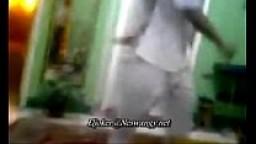 شرموطة مصرية تتناك من اثنين سعوديين بورن سكس عربي نيك سعودي-بورن سكس عربي