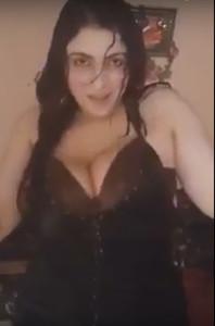 رقص شرموطة فاجر بقميص نوم عريان-بورن سكس عربي